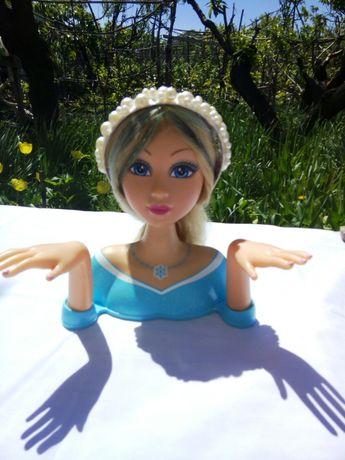 Кукла-маникен для обучения девочек макияжу,  оформлению причесок.