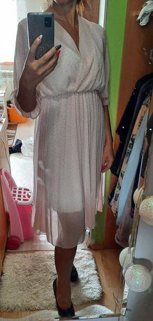 Sukienka w groszki,pudrowa.