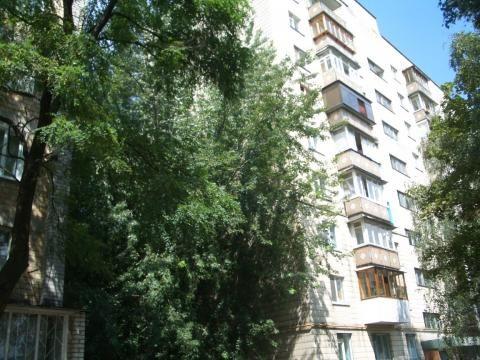 3-комнатная квартира, ул. Ушинского, 27 метро Вокзальная 15 минут Киев - изображение 1