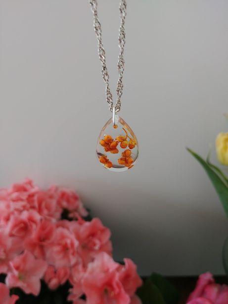 Ręcznie wykonany naszyjnik -Kwiaty
