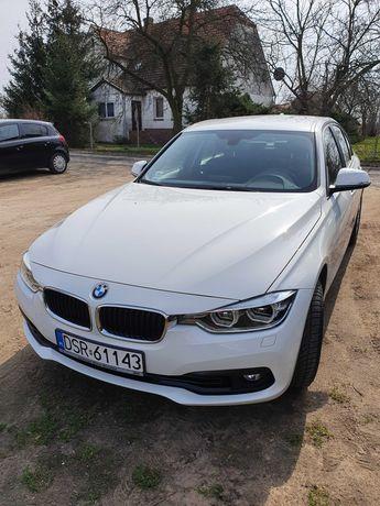 BMW 318i rok 2018 na gwarancji jeszcze 2 lata, 17800 km