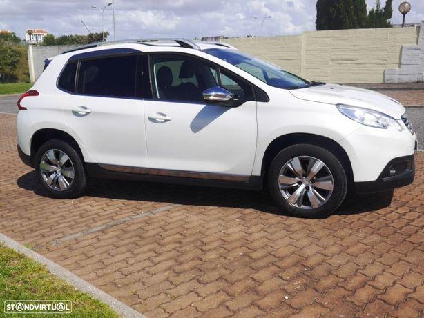 Peugeot 2008 1.2 VTi Allure