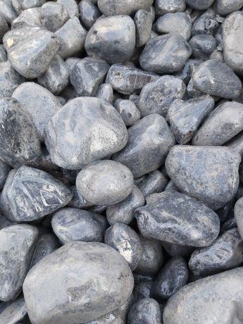 Otoczak Nero Ebano- marmur włoski, kamienie ozdobne, grys