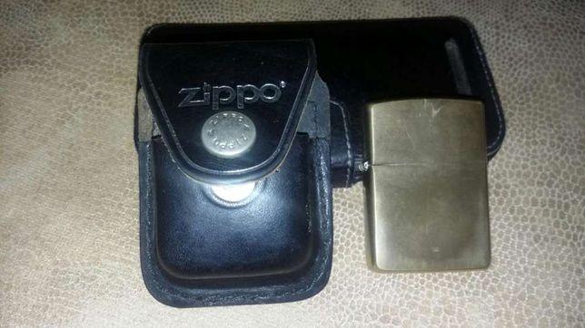 Оригинальный чехол для зажигалки Zippo.