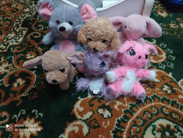 М'які іграшки для дітей
