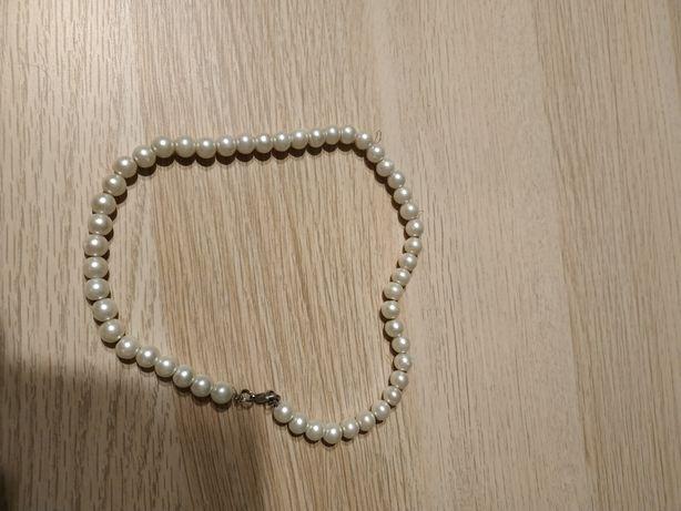 Naszyjnik perłowy. Biały.