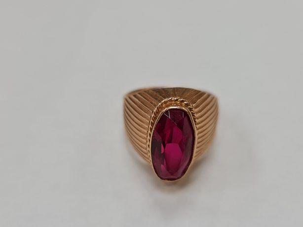 Wyjątkowy złoty pierścionek damski/ Radzieckie 583/ 7.54 gram/ R16