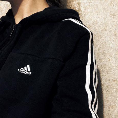 Кофта adidas чорная