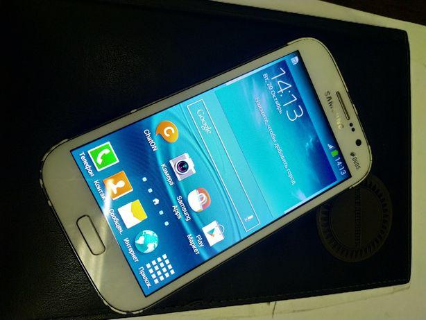 Продам смартфон Samsung gt-i9082,