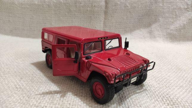 Модель Hummer H1 1.24-1.27 Maisto Red
