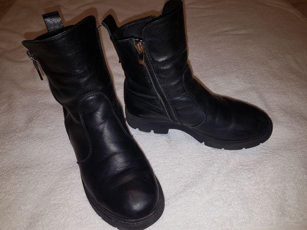 Ботинки полусапожки кожанные зимние (на девочку подростка) р.37
