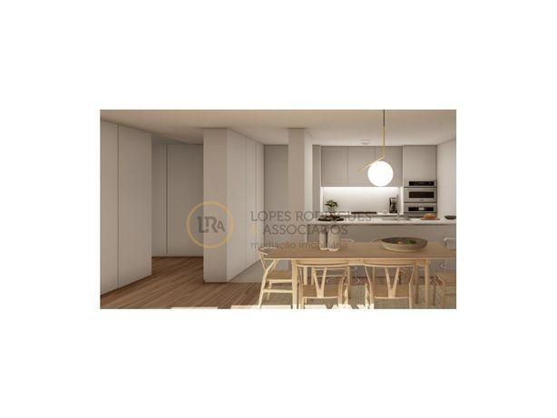 Apartamento T2 com terraço em Paranhos