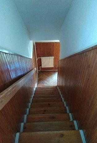 Remont mieszkania (malowanie ścian, ukladanie paneli, gładź)