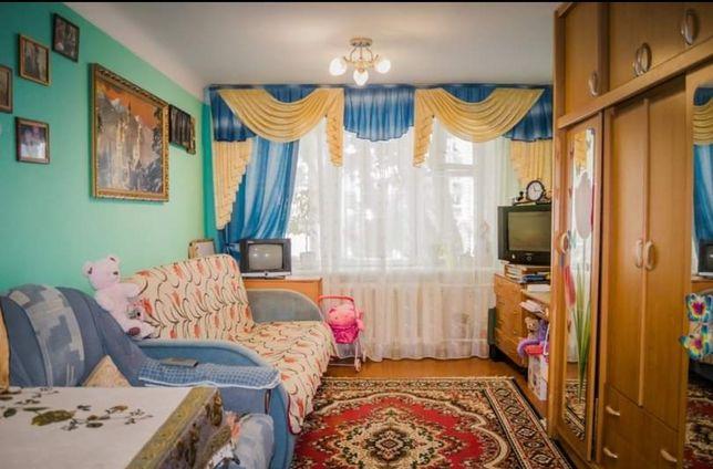 Продається простора кімната в гуртожитку Гагаріна