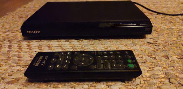 Odtwarzacz DVD Sony