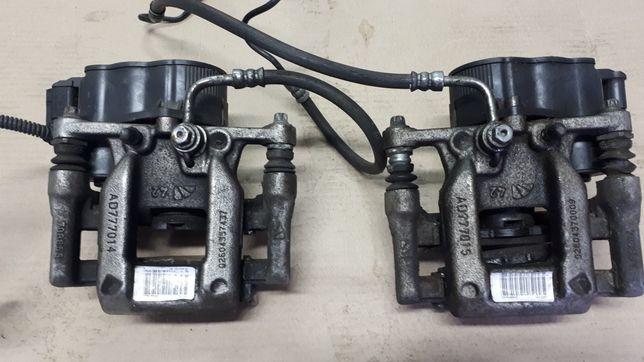 Zacisk hamulcowy tył elektryczny Peugeot 5008 II