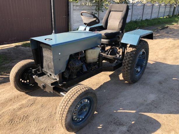 Трактор власного виробництва