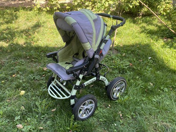 Детская коляска Victoria Gold