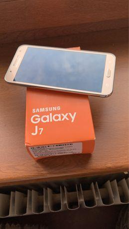 Samsung J7 2016 ( вьетнамец в идеале )