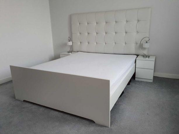 Sypialnia, łóżko, szafki nocne, wezgłowie