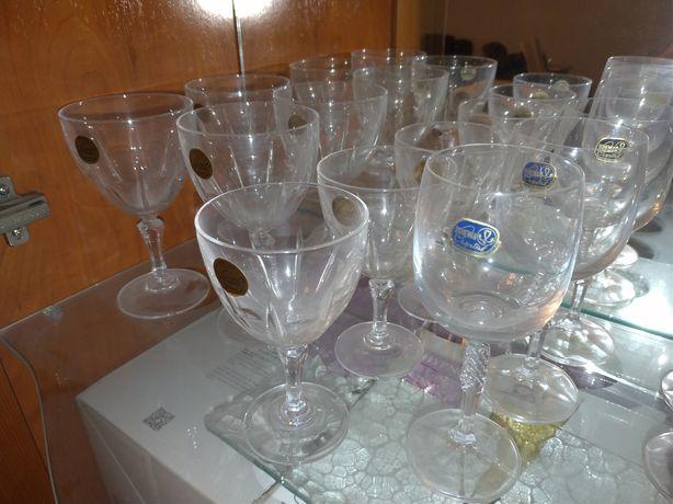 Copos cristal darques variados + cinzeiros + jarra