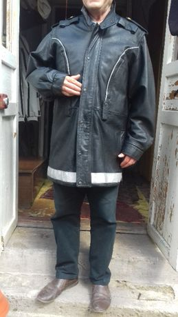 куртка кожанная полицейского Швеция