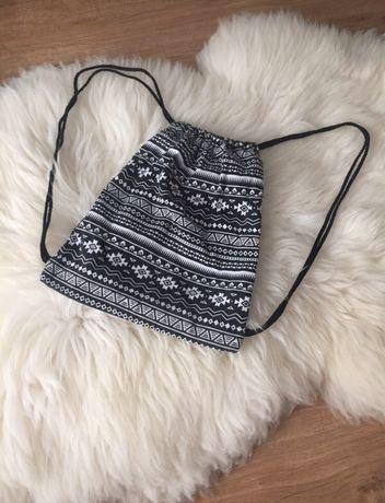 Plecak worek mały wzory czarno-biały