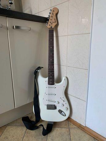 Gitara elektryczna Squier Bullet + pokrowiec + kabel + pasek