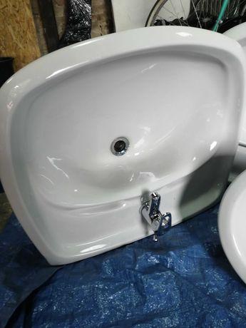 sedes + 2 umywalki