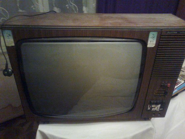 telewizor unitra taurus 23 zabytek unikat retro styl
