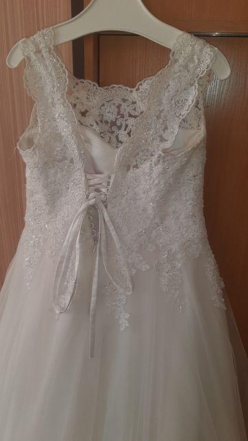 Sprzedam suknię ślubną rozm 42