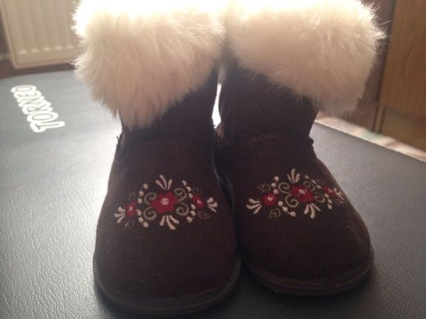 Тёплые ботиночки на девочку
