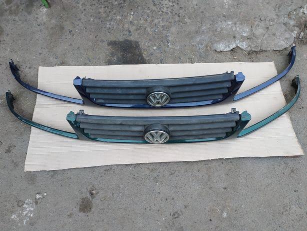 Решетка радиатора ласточка VW Passat B4,Пассат Б4,