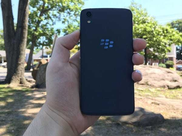 BlackBerry DTEK50 (STH100-2) 3/16GB Carbon Grey Grade C
