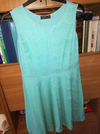 Dresowa miętowa sukienka