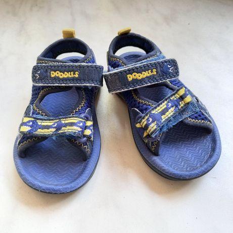 Детские босоножки сандали летняя обувь 13 см