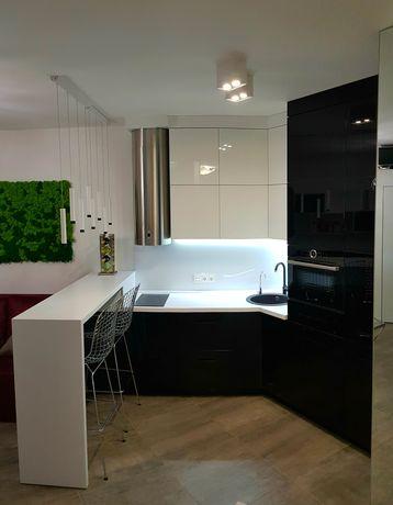 Эксклюзивная современная дизайнерская квартира