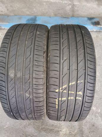 Dwie opony letnie 225/40 R18 Bridgestone.