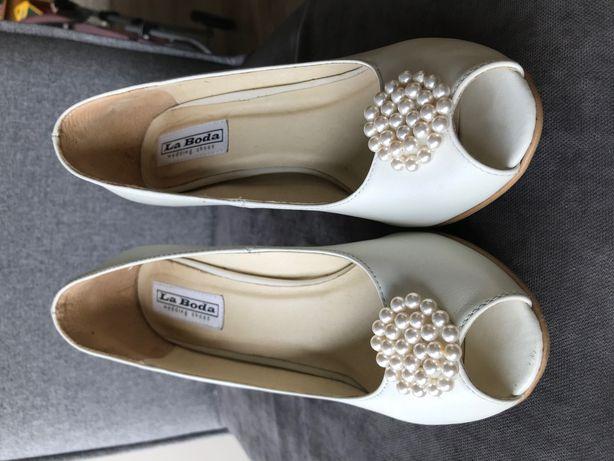 Buty ślubne białe eleganckie z perełkami 36 szpilki la boda