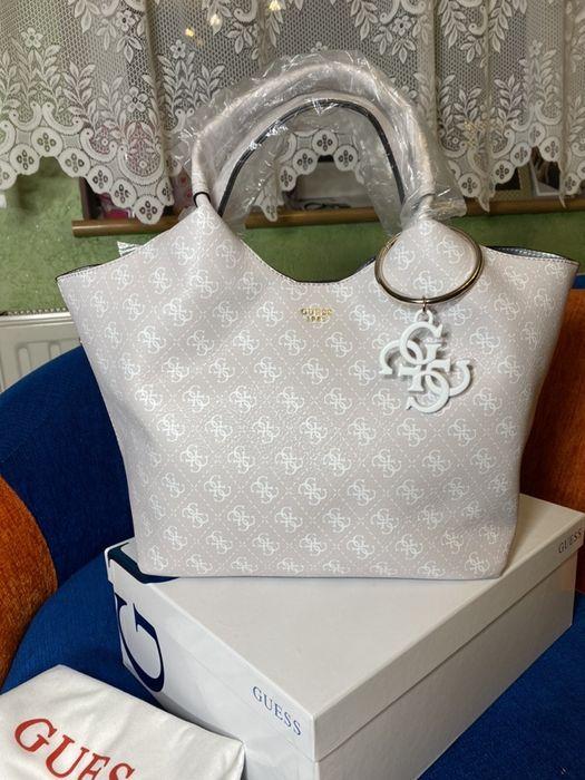 Nowa torebka guess shopperka Flora monogram 4G duża A4 pudrowy róż hit Lubsko - image 1