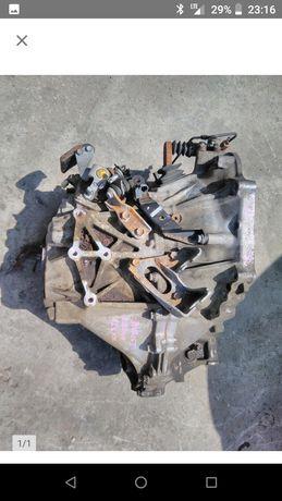Skrzynia biegów manualna 2.0 D4D 126km toyota Avensis t25 Auris I 08