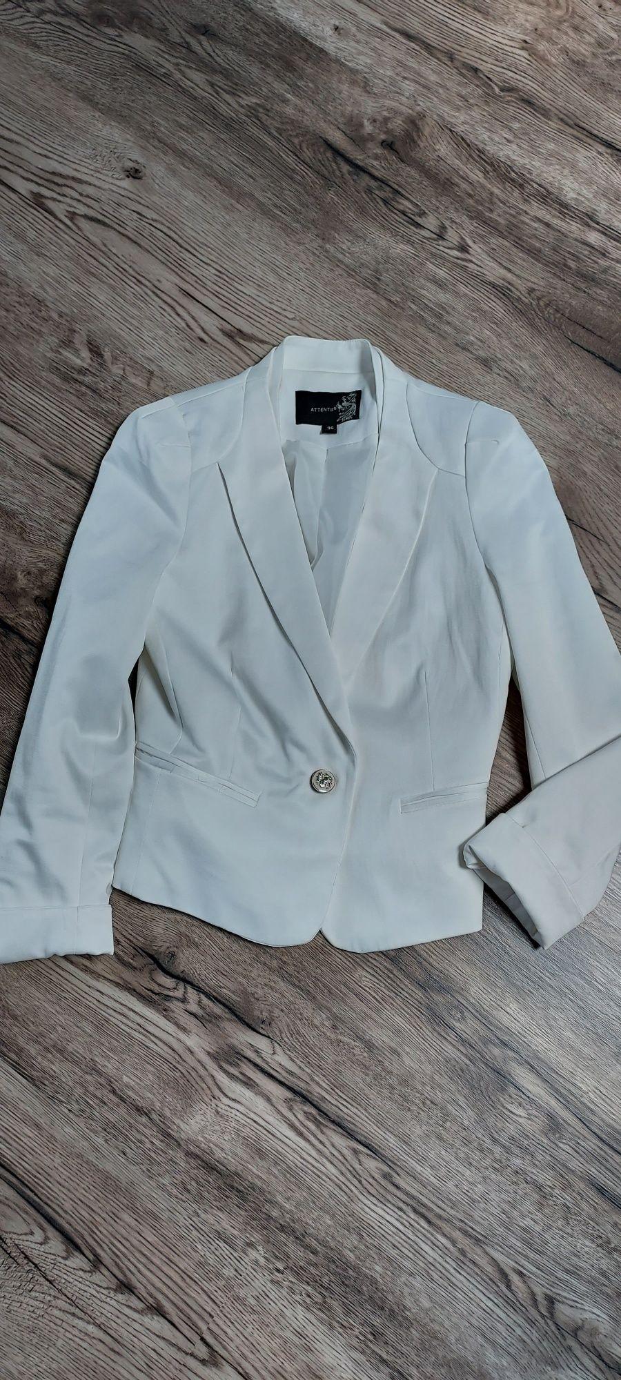 Biały żakiet sprzedam
