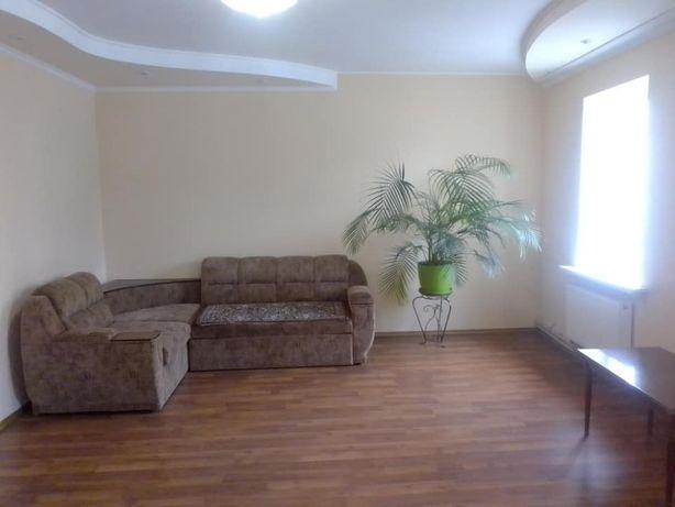 Продам 3-х комнатную квартиру центер