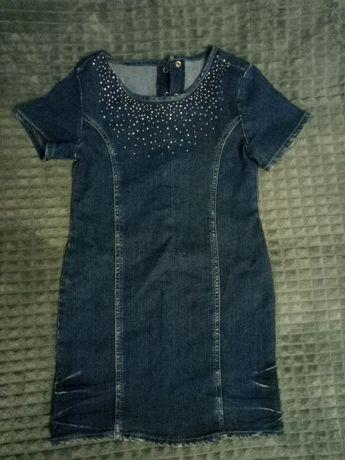 Продам джинсовое платье для девочки