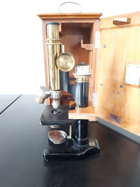 Mikroskop Otto Himmler Berlin zabytkowy, antyk, kolekcjonerski
