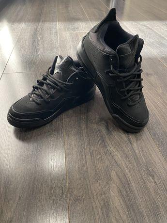 Кроссовки Jordan original осень-весна