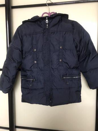 Зимняя куртка zara (5-6 /116см)