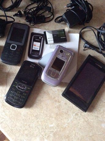 Телефоны, зарядки