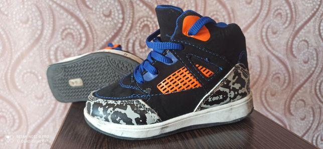 Кроссовки Jordan 26 размер