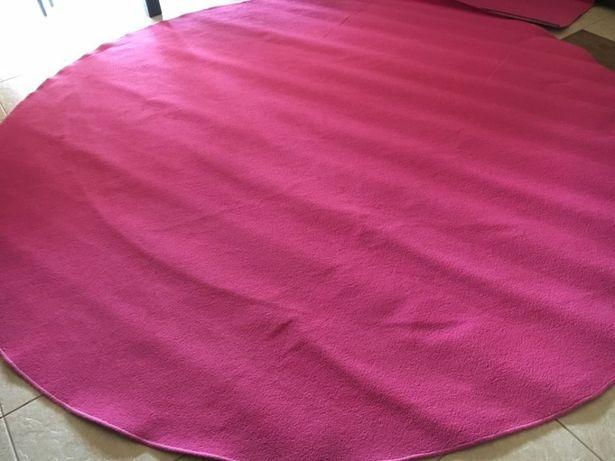 Sprzedam okrągły różowy dywan